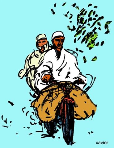 couple de tunisiens sur une mobylette, motocycle,